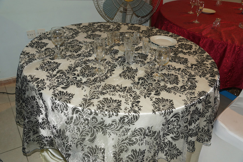 الآن للبيع وبكميات محدودة كراسي نابليون بألوانها وكراسي وطاولات للأفراح والقاعات i_a6119047ec4.jpg